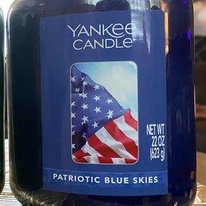 Patriotic Blue Skies 22 Oz Jar Yankee Candle
